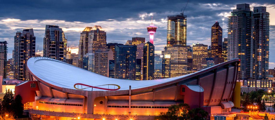 Beautiful,Calgary,Skyline,At,Night,,Alberta,,Canada